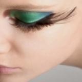 快速增加生长睫毛速度的8个方法
